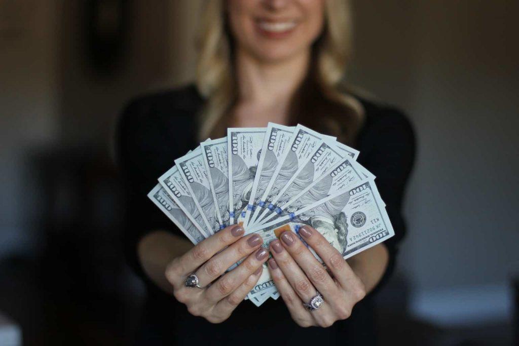 Comment gagner de l'argent facilement (FAUX !)